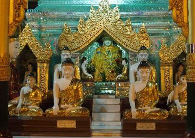 Statues Bouddhas Shwedagon Birmanie