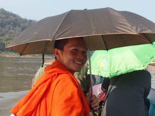 Quand Phone le jeune moine devient mon guide au Laos…