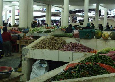 Vue des halles marché Timphu Bhoutan