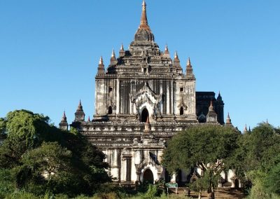 Pagode plaine Bagan Birmanie