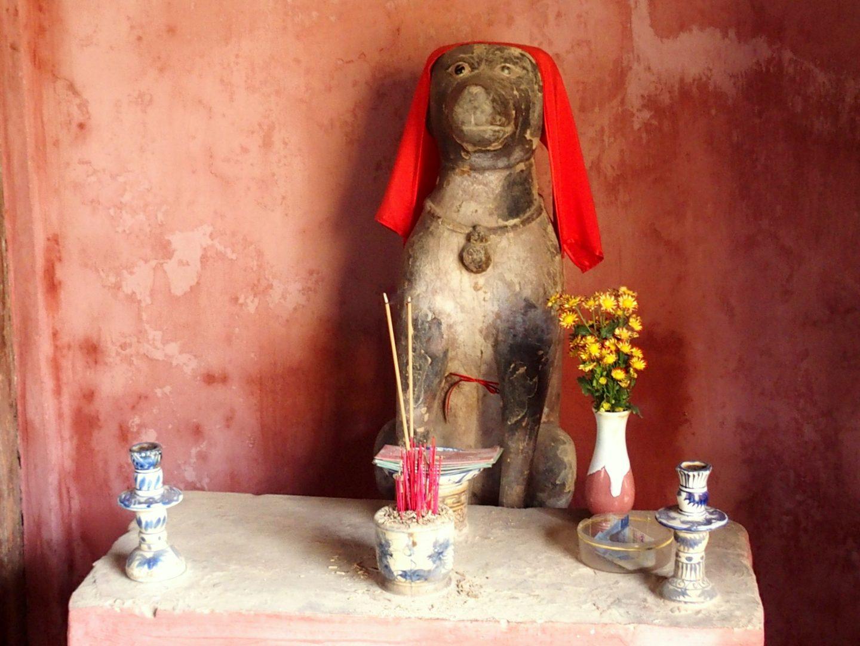 Statue du chien pont japonais Hoï An Vietnam