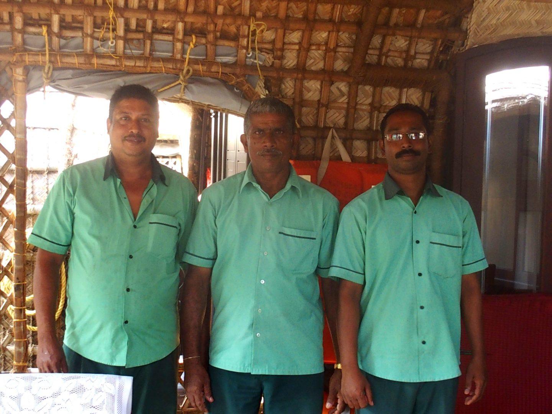Equipage du houseboat Allepey Kerala Inde