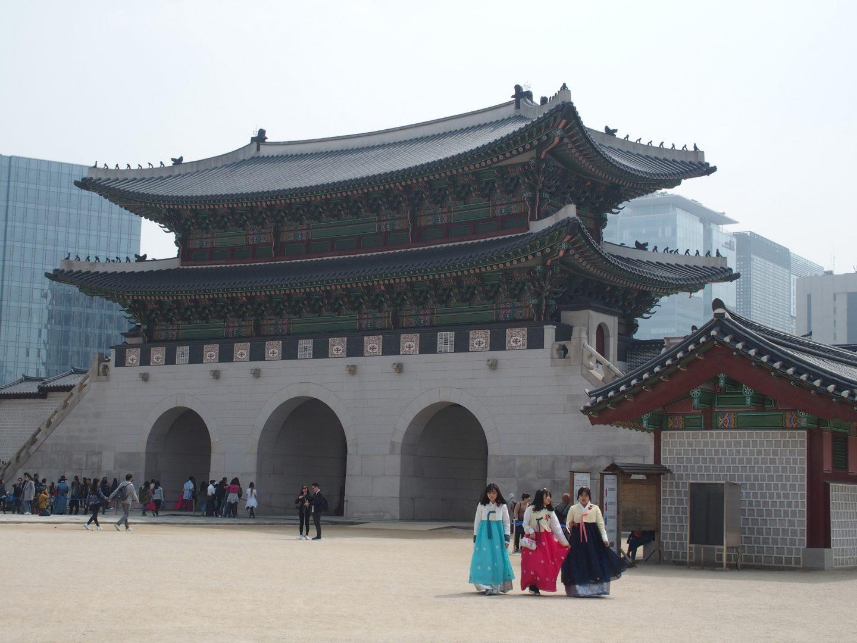 Dans la cour du Palais Royal Séoul Corée du sud