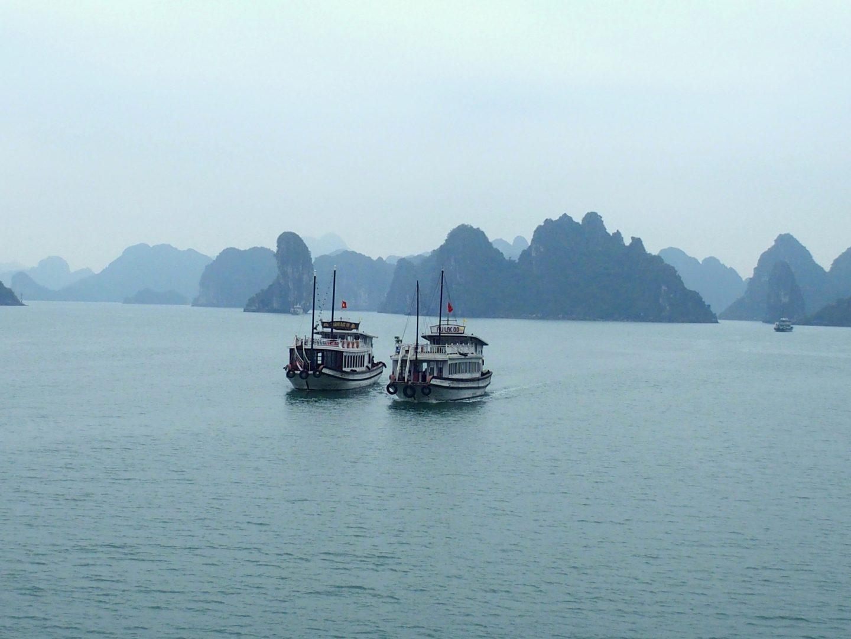 Entrée dans baie d'Halong Vietnam