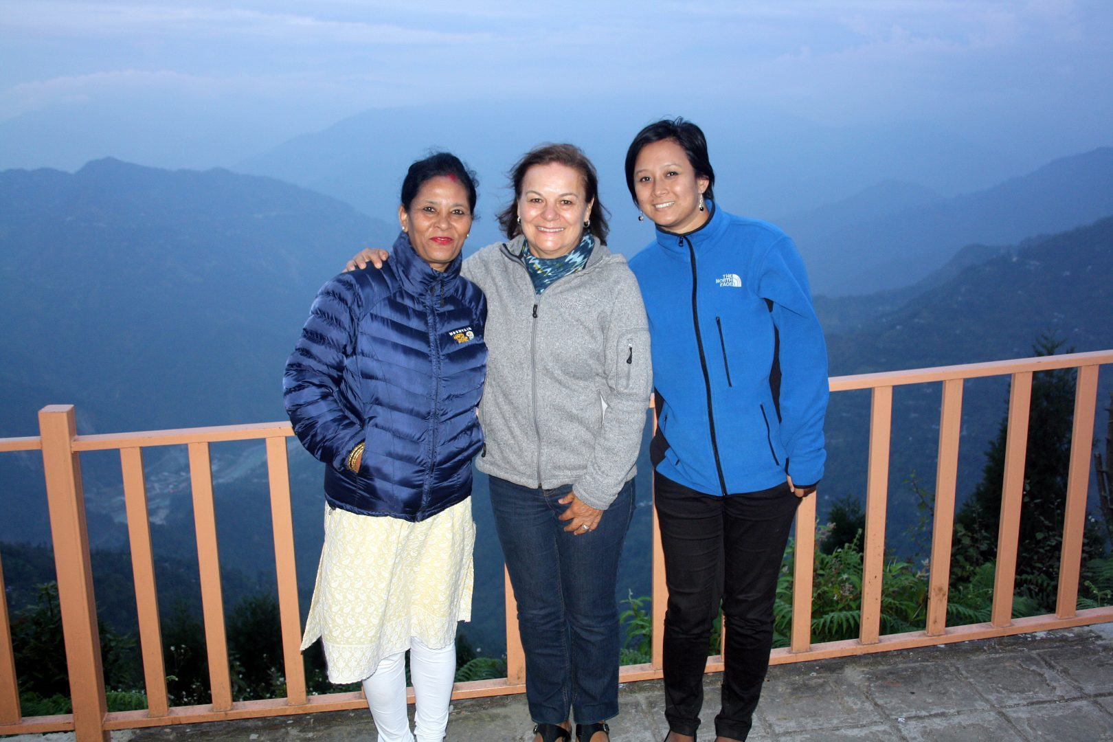 Photo du soir avec Karishma et sa maman Kalimpong Inde