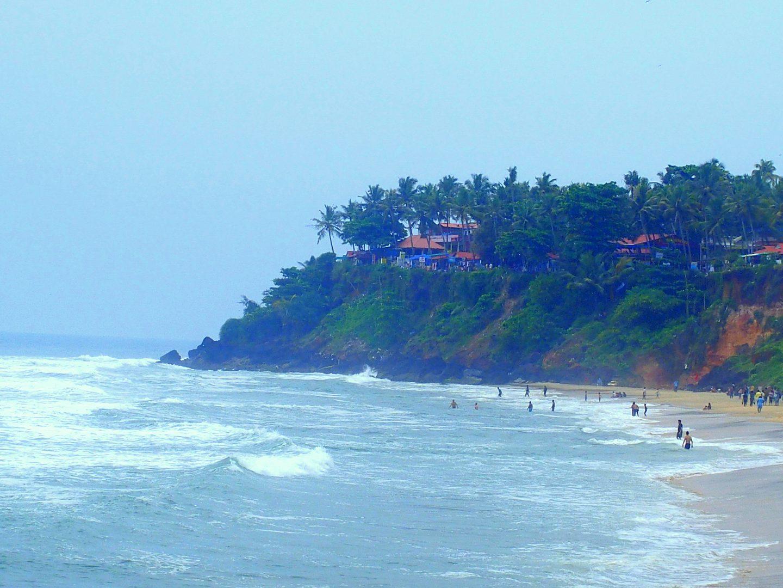 Plage et falaise de Varkala Kerala Inde