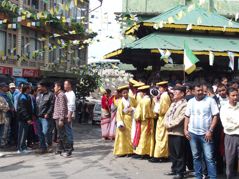 Rassemblement populaire dans la rue Kalimpong Inde