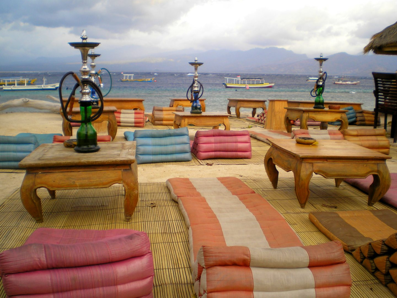 Bar à chicha face mer Gili Trawongan Lombok