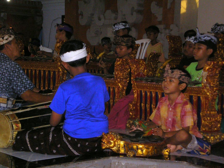 Enfants école musique Sanur Bali