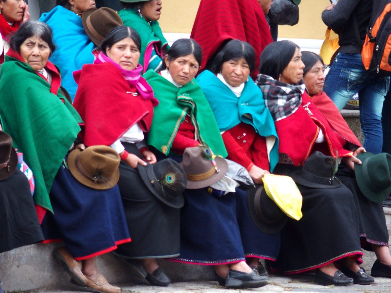Femmes aux chapeaux marché de Guamote Equateur