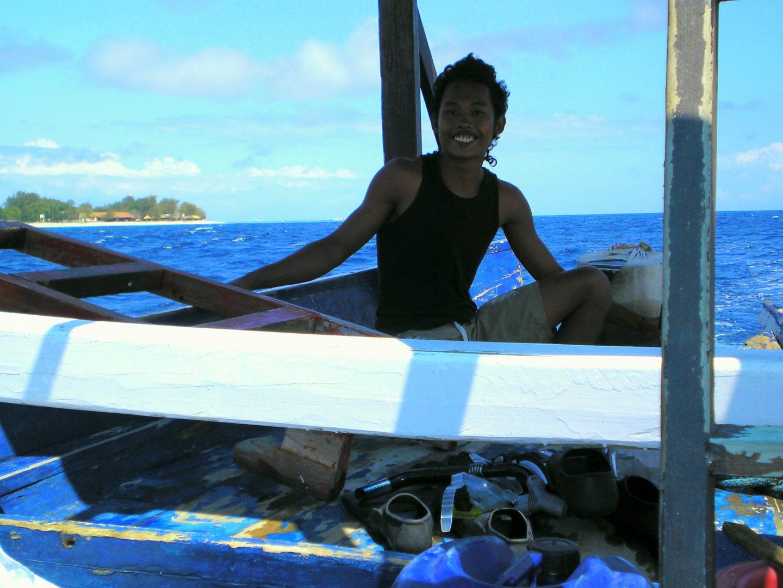Pilote du bateau aux îles Gili Lombok