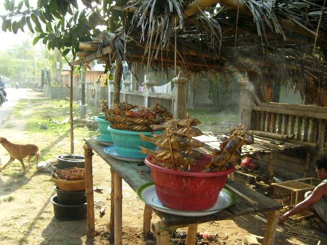 Vente poissons Kute Lombok
