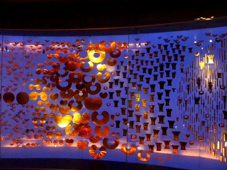 Ambiance dorée Musée de l'Or Bogota Colombie