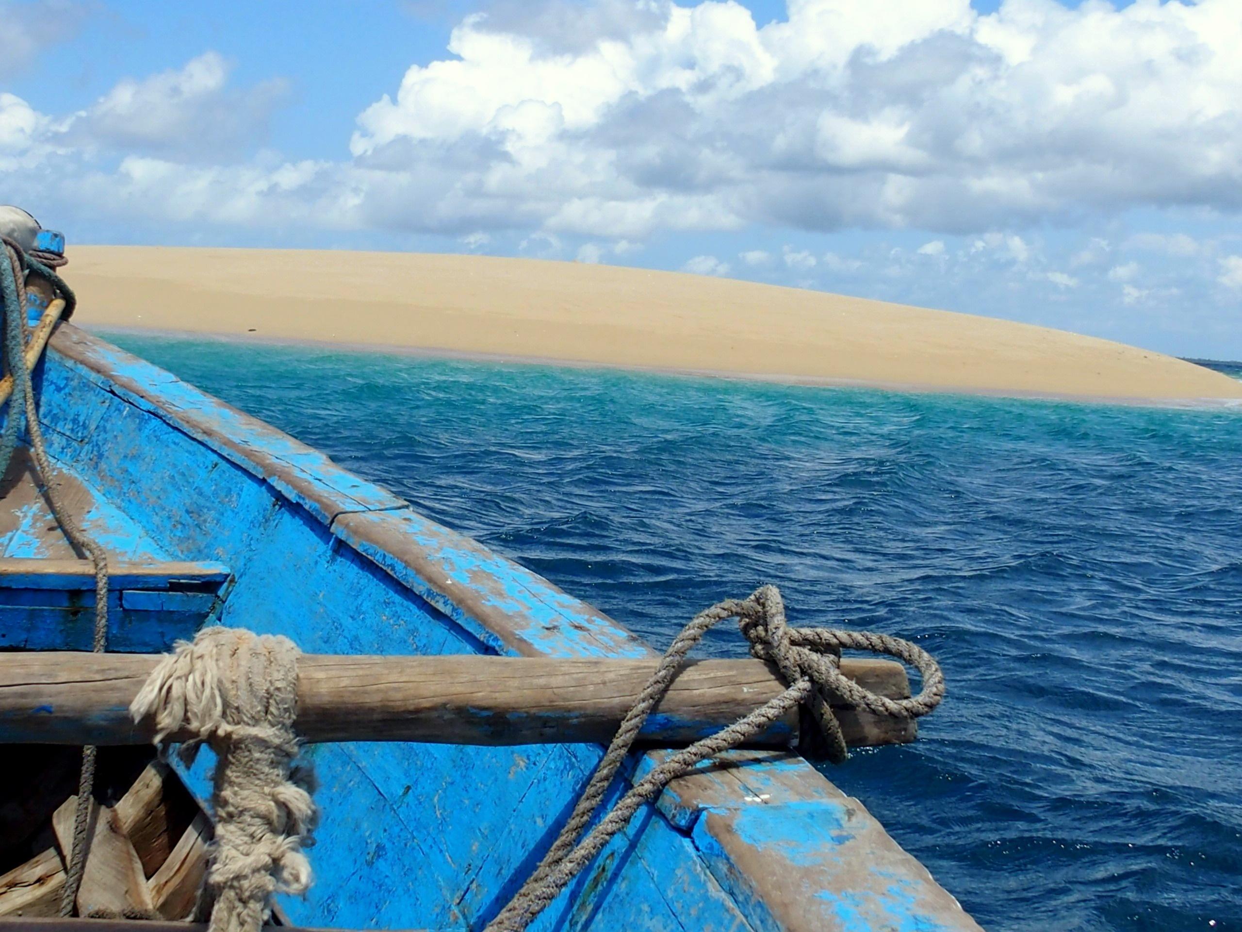 Arrivée sur le sand bank en dhow Mozambique