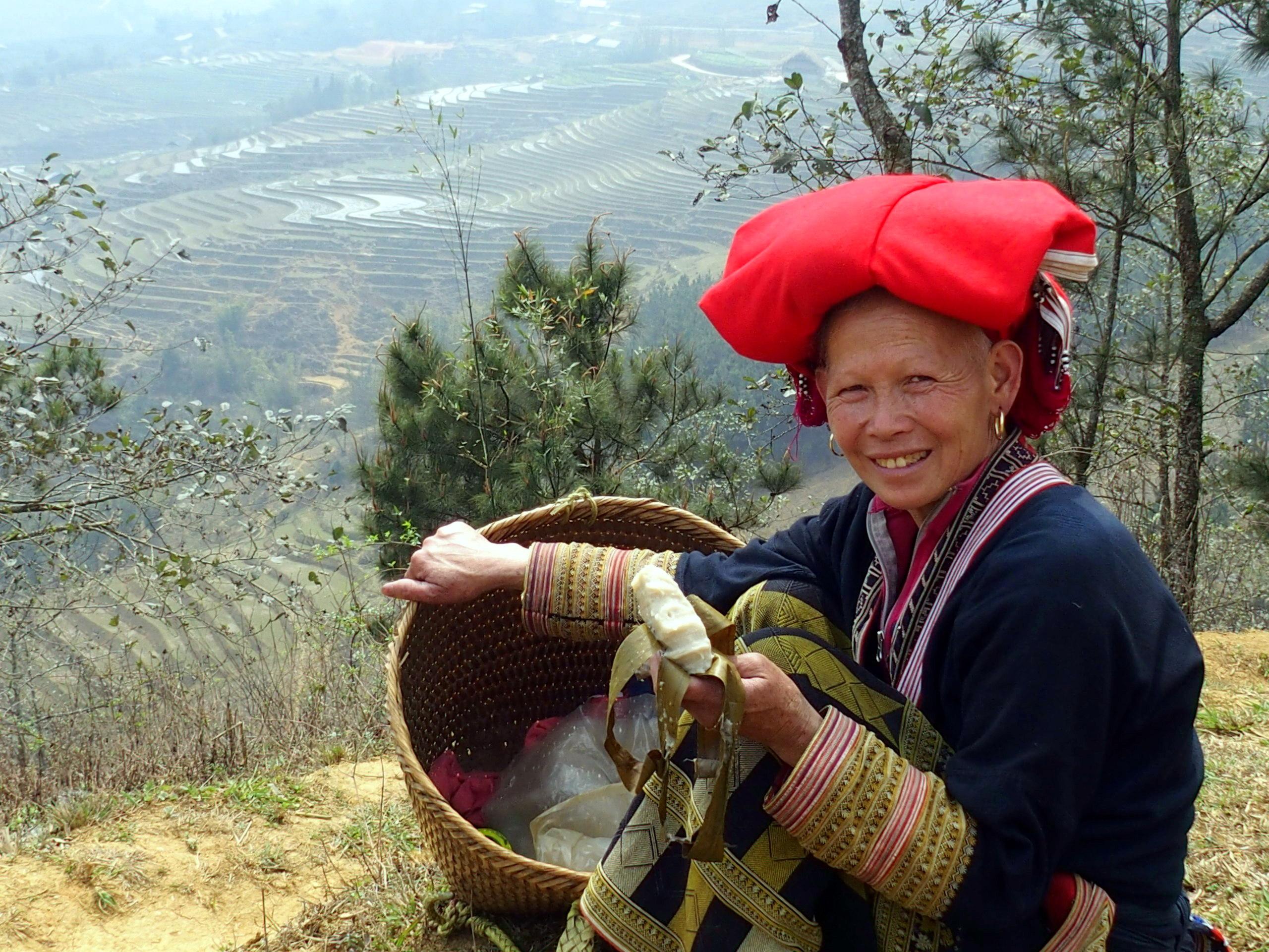 Femme Dao région de Sapa Vietnam