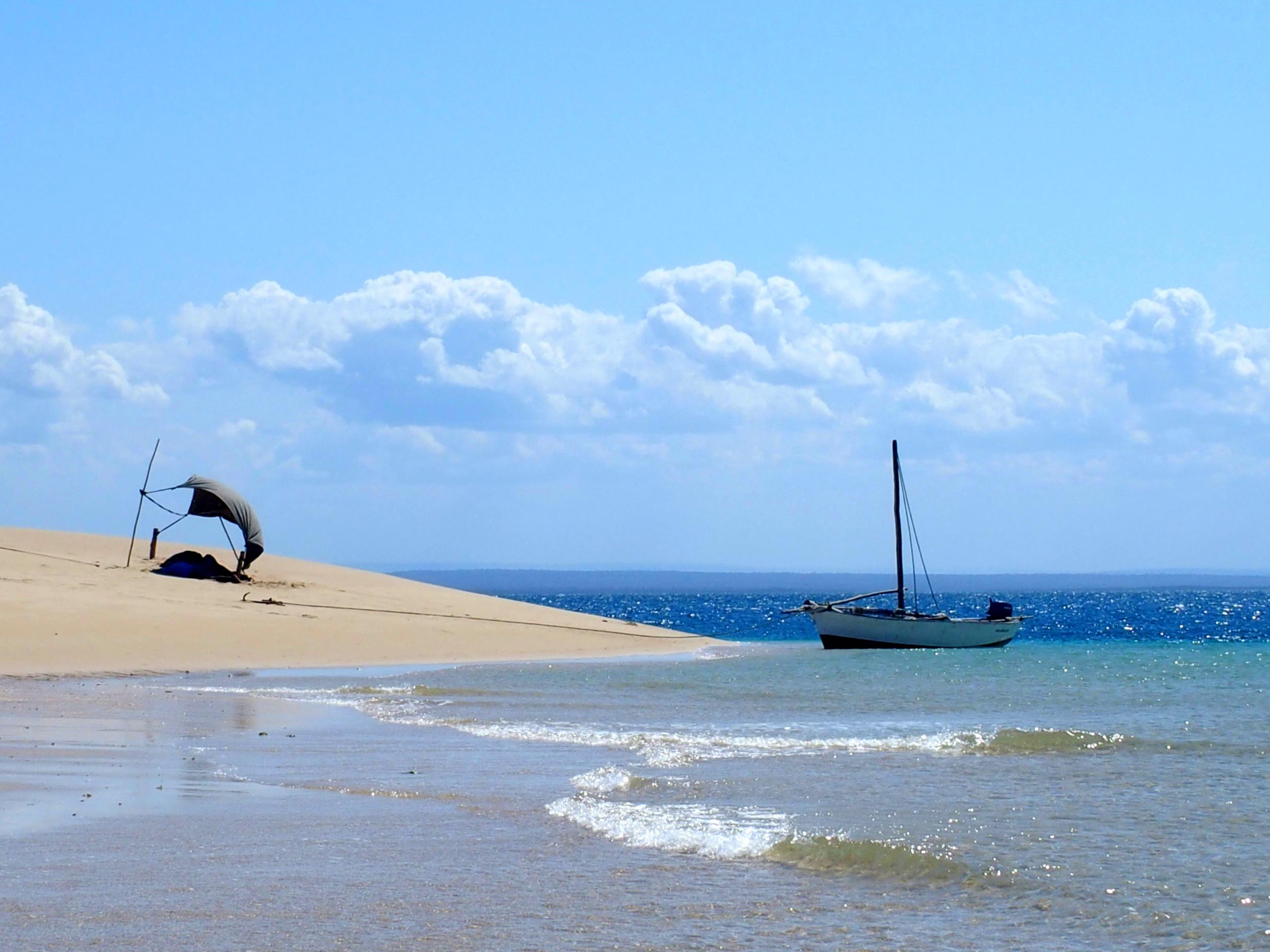 Journée sur un sand bank en bateau traditionnel ile Ibo Mozambique