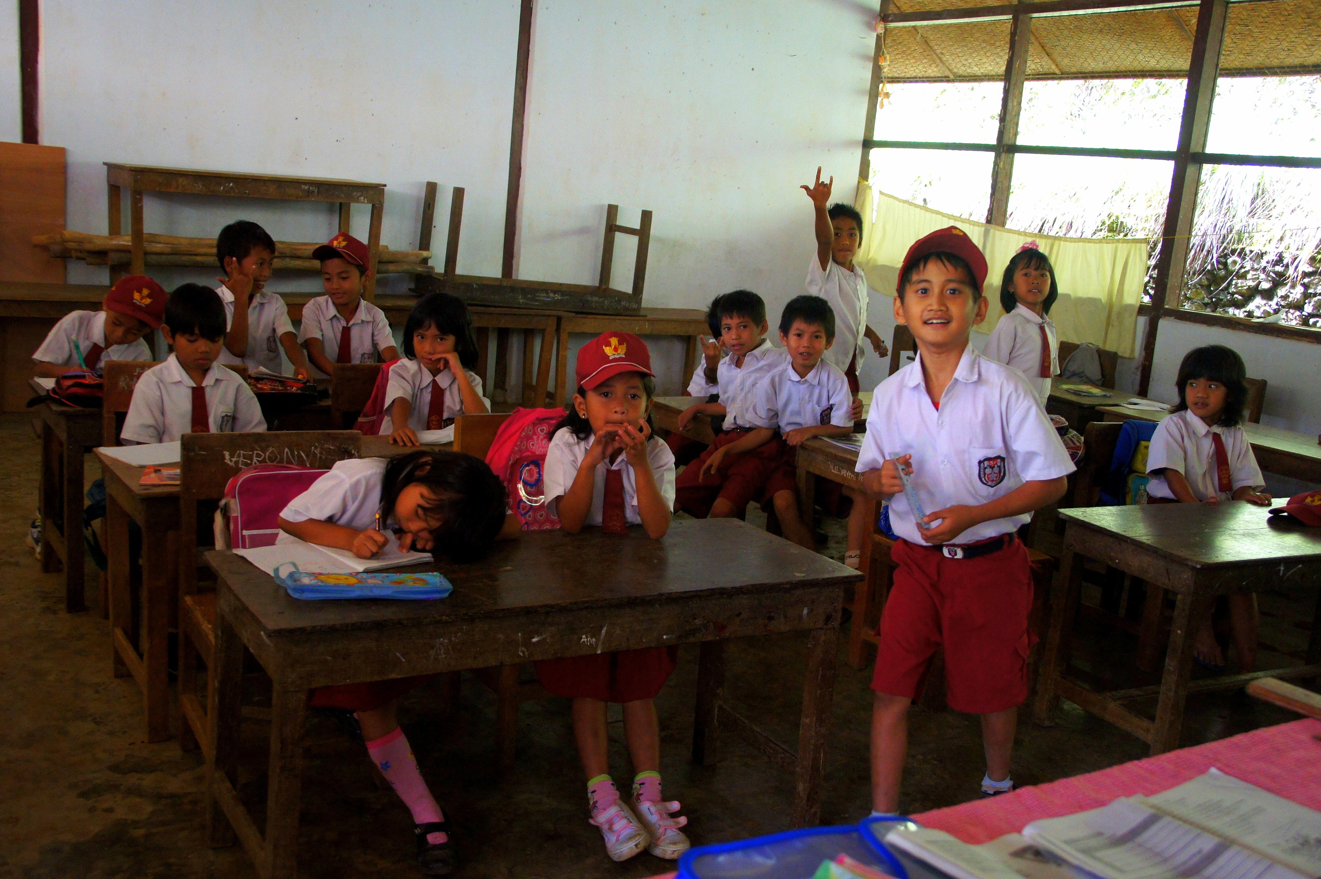 Visite dans une école de Sulawesi.