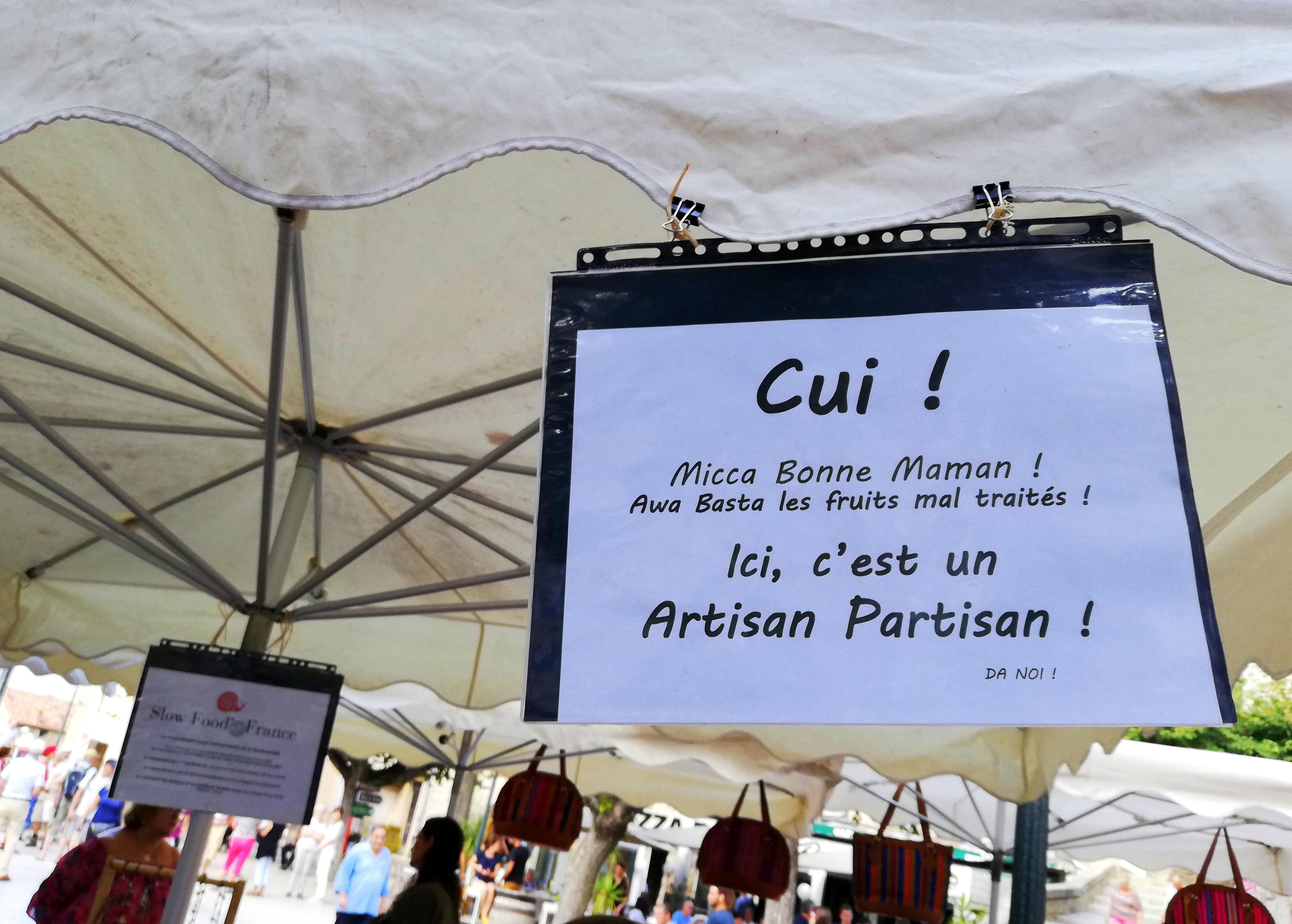 Affiche Slow Food pour consommer bon, propre et juste marché de Sartène Corse