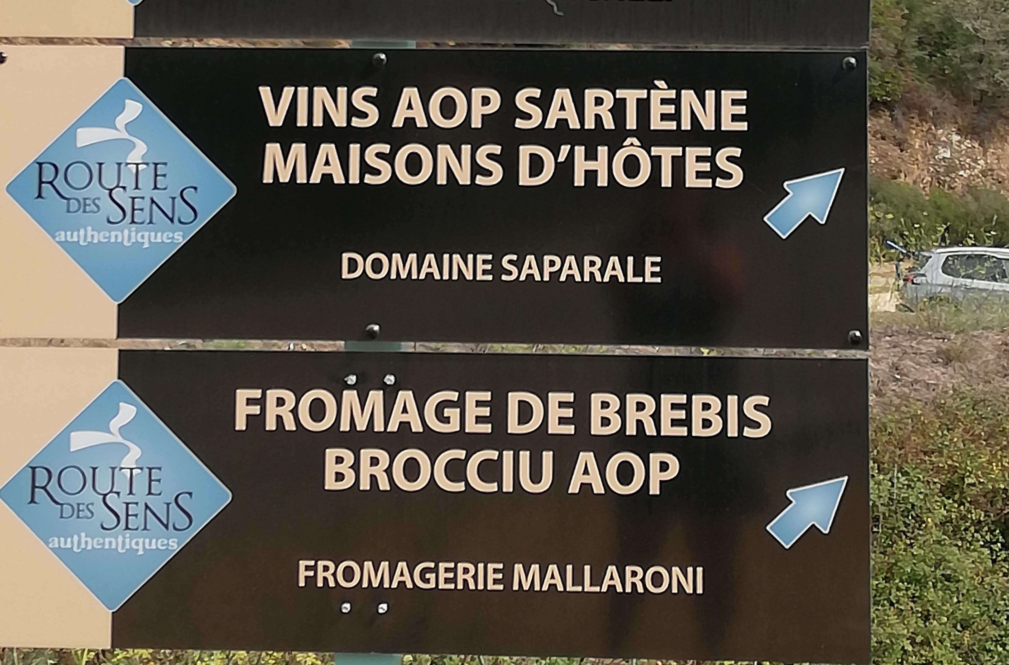 Panneau Route des sens Corse.