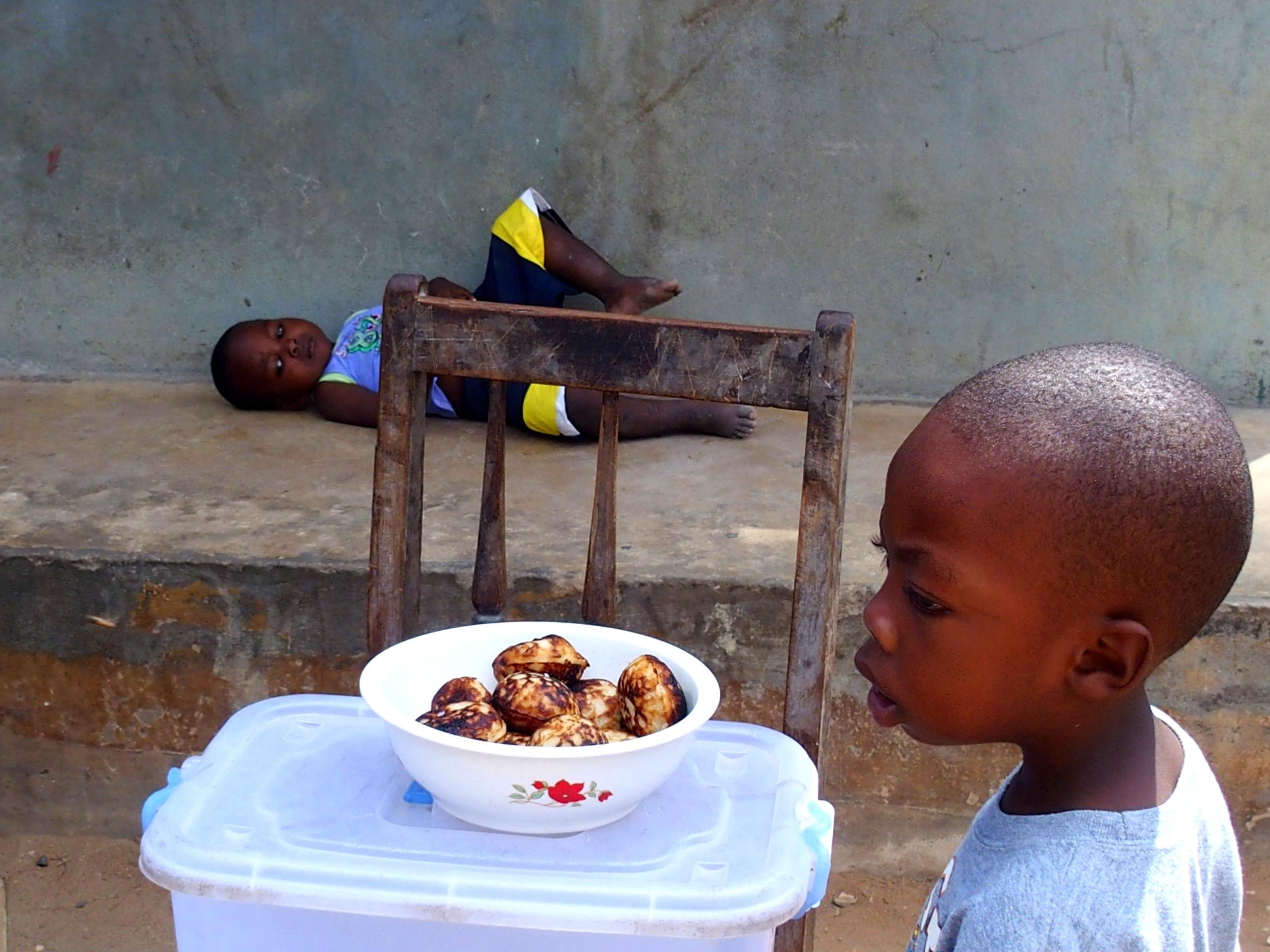 Enfants dans la rue Pemba Mozambique