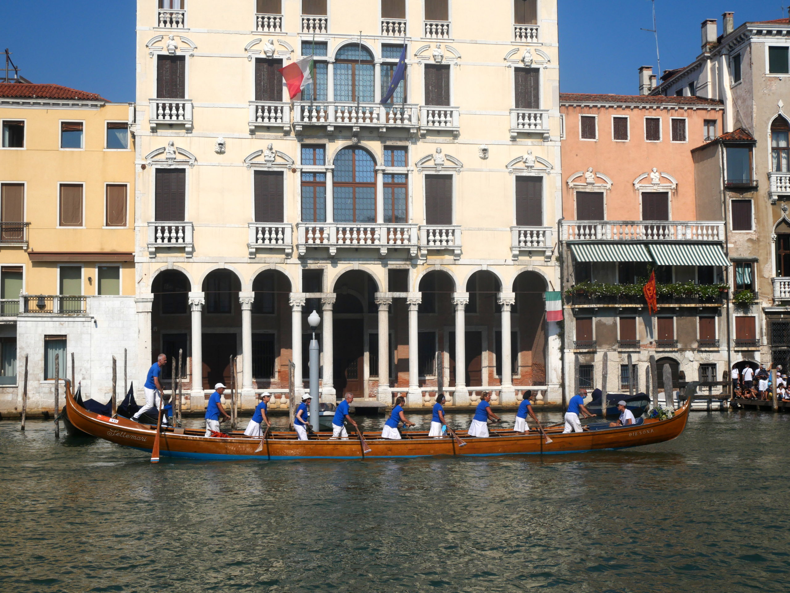 Bateau 2 regata storica Venise