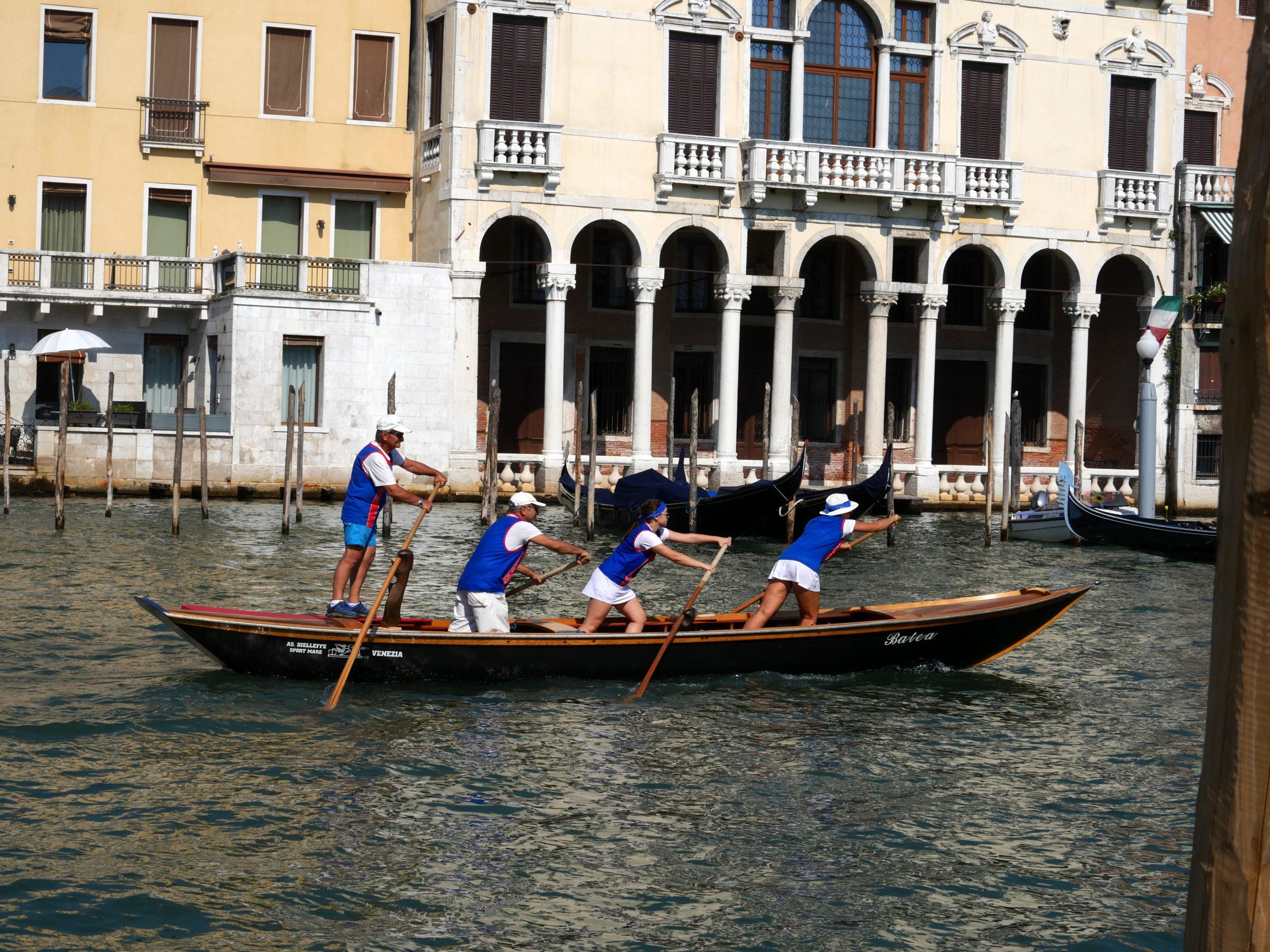 bateau 1 regata storica Venise