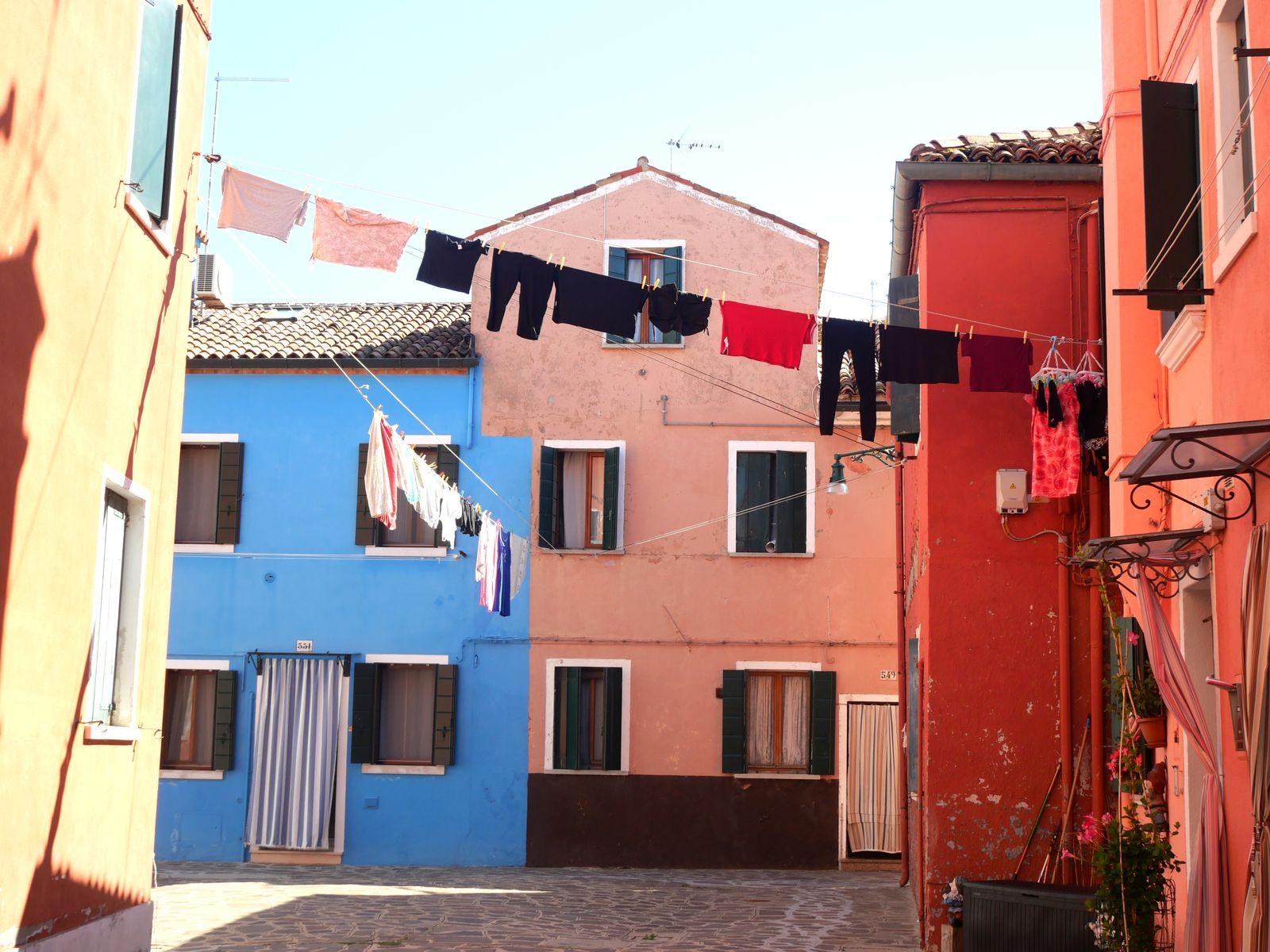 raisons de visiter Burano jolie place