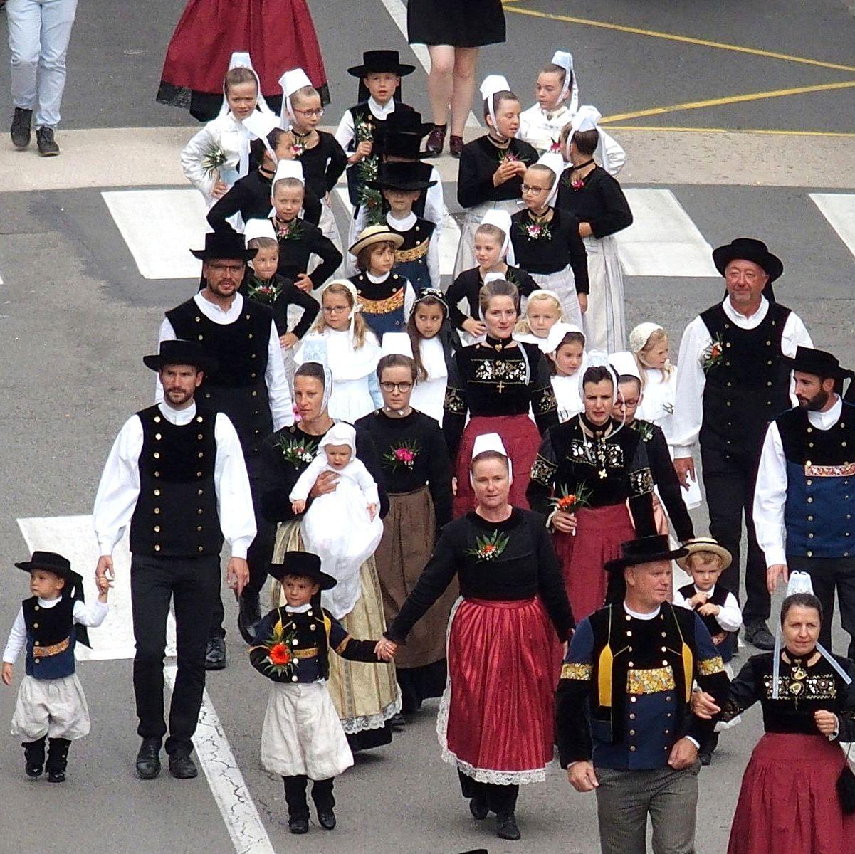 Groupe Festival de Cornouaille Quimper.